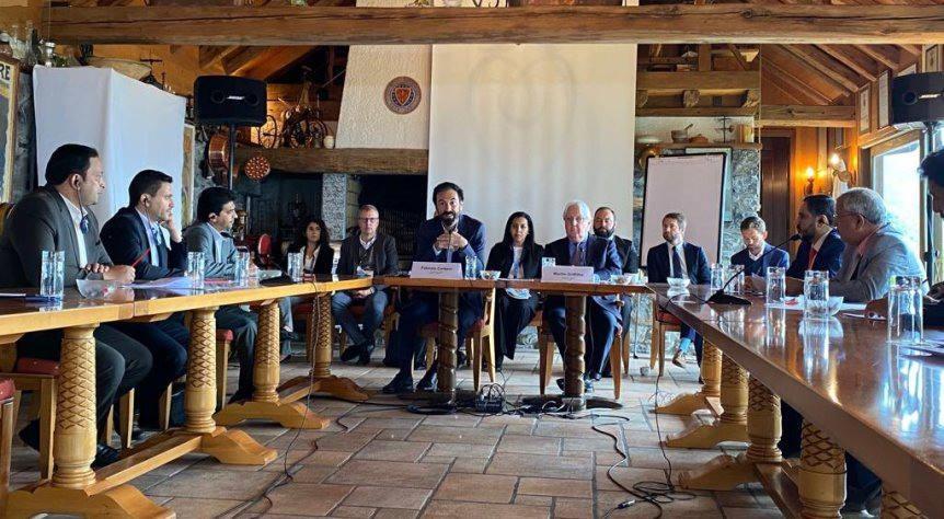 بيان غريفيث والصليب الأحمر بختام اجتماع جنيف: اتفاق تبادل 1081 سجيناً