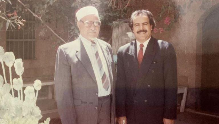 الرئيس الراحل عبدالله السلال مع أنور العنسي