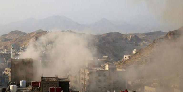 تعز: استشهاد وإصابة 5 مدنيين جراء استهداف الحوثيين كلية الآداب