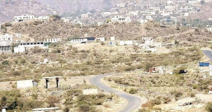 محور الضالع يعلن فتح الممرات مع محافظة إب ويتهم الحوثيين بالتلكوء