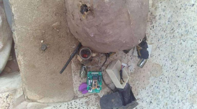 نزع عبوات ناسفة زرعها الحوثيون في سواحل تعز