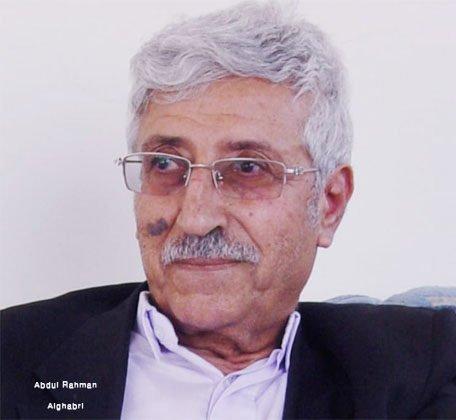 الدكتور عبدالعزيز المقالح.. الرمز والإنسان