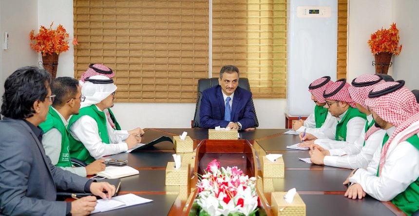لملس يستقبل وفد البرنامج السعودي لإعمار اليمن ويناقش عدداً من القضايا