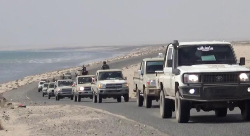 بالفيديو – قوات العمالقة تبدأ نشر نقاط في أبين بإشراف التحالف