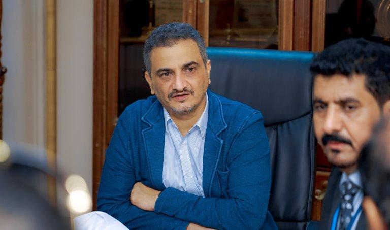 محافظ عدن أحمد لملس في اجتماع ترتيبات استقبال الحكومة