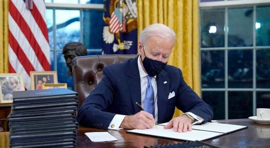 نص إعلان بايدن إلغاء الحظر على دخول أمريكا من اليمن وغيرها