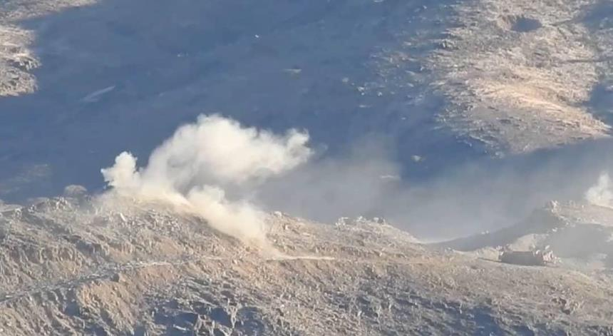 غارات وقصف مدفعي يستهدفان تجمعات وتعزيزات الحوثي في مأرب
