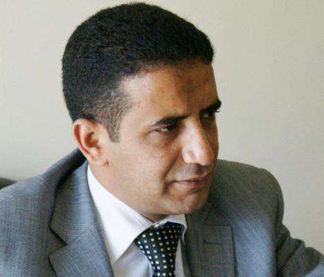 """عن يوسف الفيشي: """"الوجه الأسود"""" للحوثيين"""