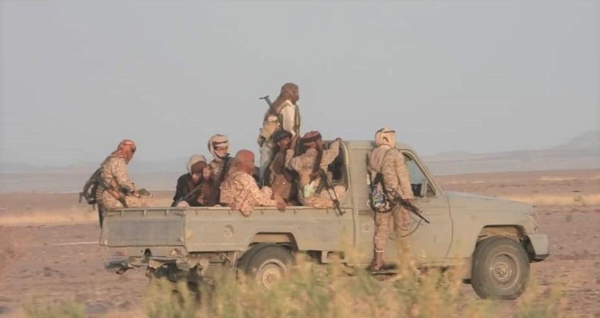 مأرب: 4 كمائن للجيش تكبد الحوثيين خسائر بالعشرات ولا غارة خاطئة