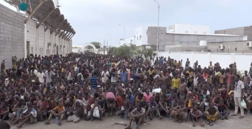 تقرير الحرة: حريق مركز المهاجرين في صنعاء – تفاصيل مروعة عن جريمة حرب