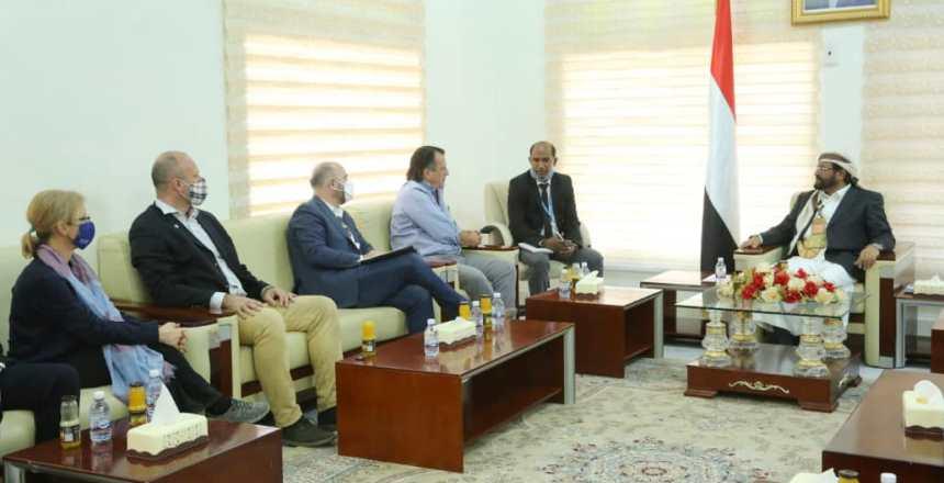 محافظ مأرب: صاروخ باليستي كل يومين تستهدف به مليشيات الحوثي المدينة