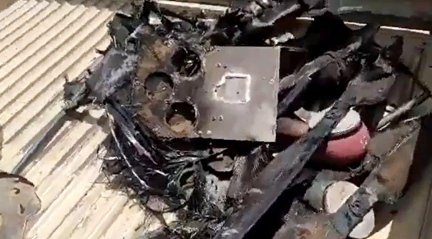 الحكومة: طائرة إيرنية مسيرة تتبع الحوثيين استهدفت مدنيين في الدريهمي