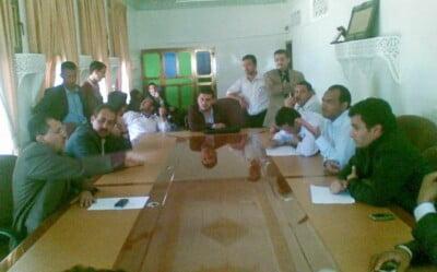 مجموعة من الصحفيين بينهم عبدالسلام جابر
