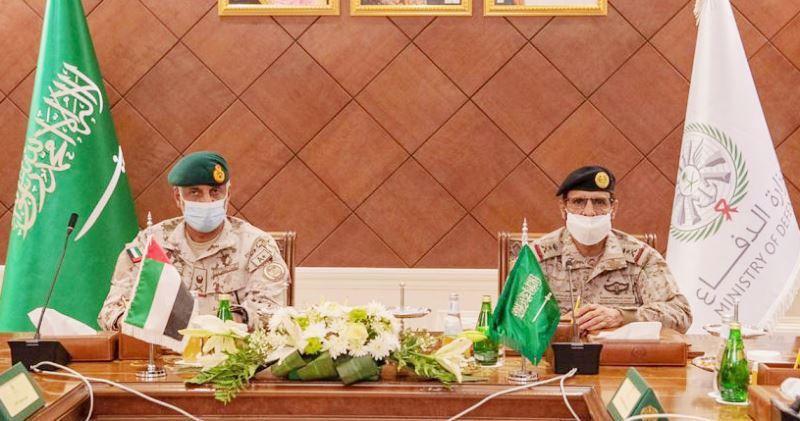 اجتماع عسكري سعودي – إماراتي يناقش عمليات التحالف في اليمن
